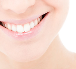 Zoom tooth whitening with a Palm Harbor dentist in Trinity FL